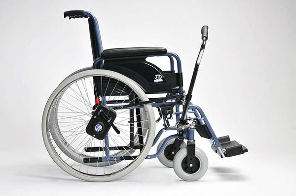 普通轮椅的使用技巧