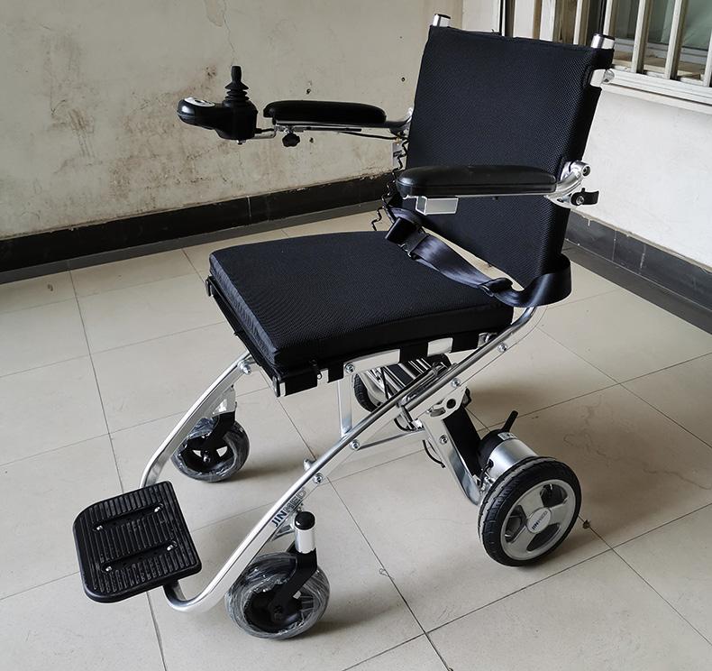日本中进超轻电动轮椅