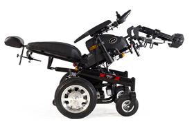 威之群1023-31多功能电动轮椅操作演示视频