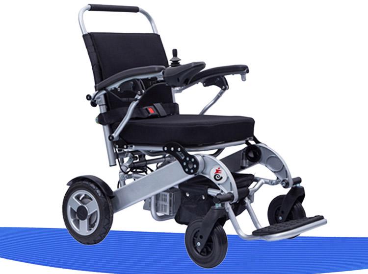 电动轮椅的万向前轮大的好还是小的好