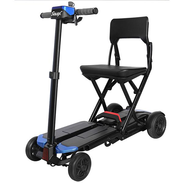 老人使用轻便折叠电动轮椅有哪些好处