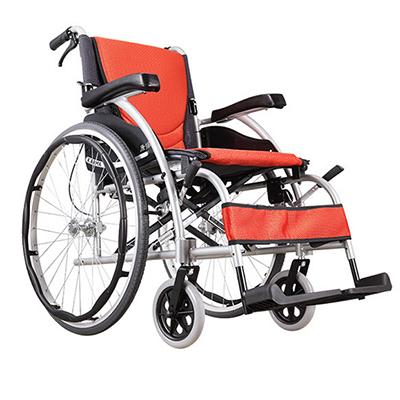 轮椅上下楼梯的技巧