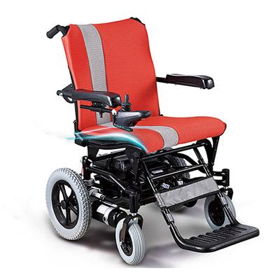 乘坐电动轮椅的老年痴呆症患者如何康复训练