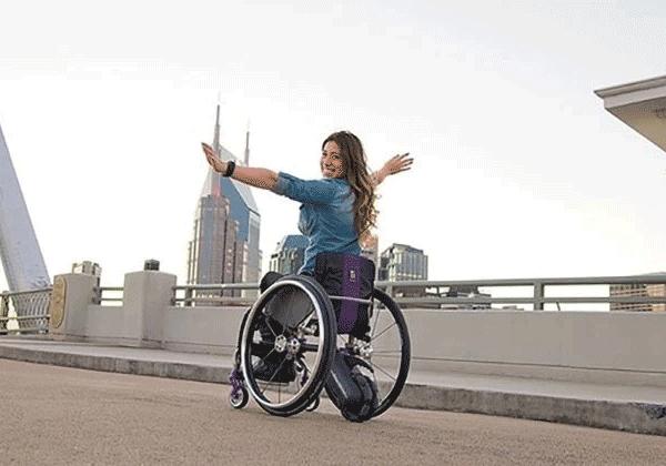 如何将手推轮椅改成电动轮椅