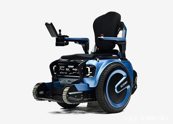电动爬楼轮椅让失能老人重见天日
