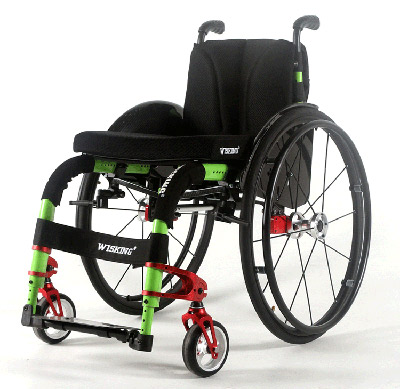 脊髓损伤患者如何使用轮椅