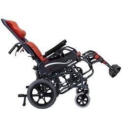 乘坐轮椅或电动轮椅搭乘电梯注意事项
