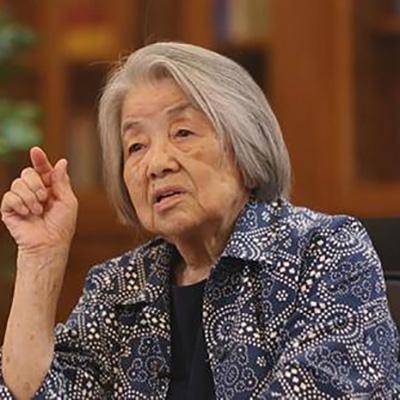 日本九旬老妪不顾右翼骚扰坐轮椅来华讲述历史真相