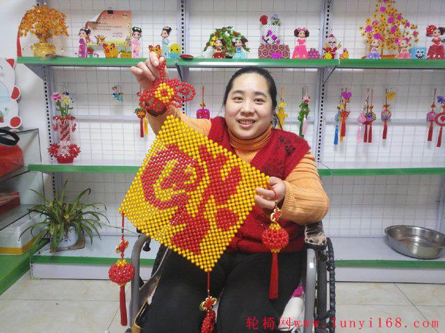 韩城轮椅妈妈做手工成网红