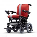 给老人买什么样的轮椅合适?(手推轮椅、电动轮椅、代步车如何选择)